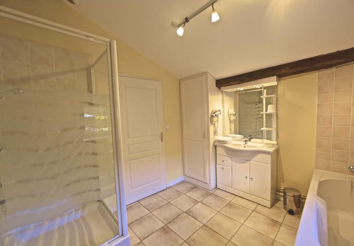 Lavande - Salle de bains de la chambre 3